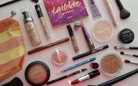 my travel makeup bag tyla van til