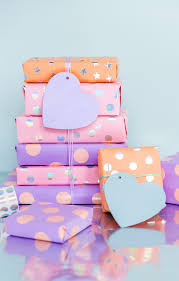 5 minute diy sticker gift wrap