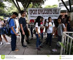 Students Line Up To Submit Their Application Form For The College ...