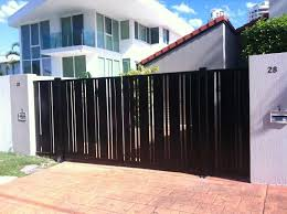 Sliding Gate With Vertical Detail House Gate Design Entrance Gates Design Sliding Gate