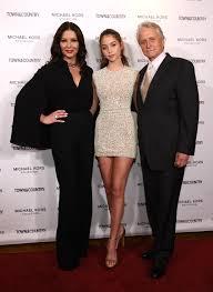 Catherine Zeta-Jones, Carys Zeta Douglas e le altri ospiti di ...