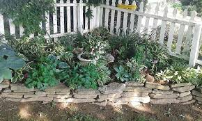 Pin By Colleen Purcell On Fencing Fence Landscaping Rockery Garden Corner Landscaping