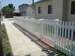 Straight Dog Ear Picket Fence Gng Vinyl Fencing And Patio Covers