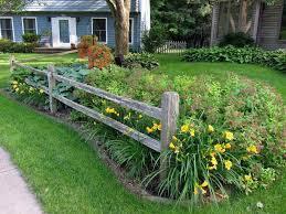 10 Garden Border Fence Ideas Most Amazing As Well As Beautiful Fence Landscaping Landscaping Around Trees Front Yard Landscaping