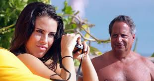 Jessica Lowndes confirms engagement to Jon Lovitz is FAKE as she ...