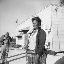 Florida Memory • Seminole woman Ruby Smith having her picture taken