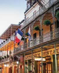 french quarter vieux carre new orleans
