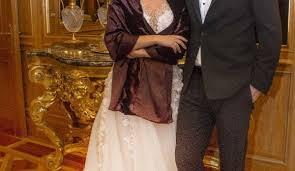 Pelin Batu ile Dr. Macit Bitargil evlendi - Magazin Haberleri