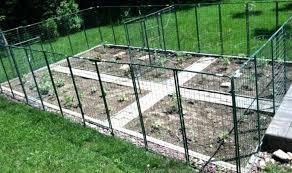 Veg Garden Fence Vegetable Garden Fence Design Best Design Build Vegetable Garde Fenced Vegetable Garden Vegetable Garden Design Vegetable Garden For Beginners
