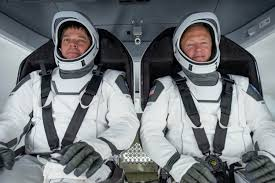 SpaceX tracker UK: How to spot the Crew ...