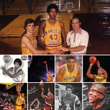 Happy birthday to former #gophers legend Mychal Thompson 🎂🏀🐿〽️ He was  selected #1 in the NBA draft in 1978. Learn mor… | Gopher basketball, Nba  draft, Thompson