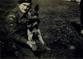 Jimmy Gardner, handler of Para Dog Bereda, 1944 | ParaData