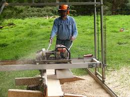 chainsaw powered swing saw mill in