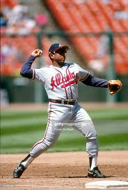 Terry Pendleton of the Atlanta Braves warms up in-between inning... News  Photo - Getty Images