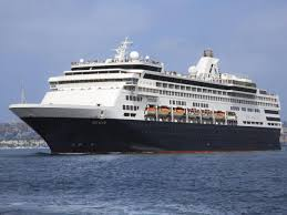 cruises for a vacation to hawaii
