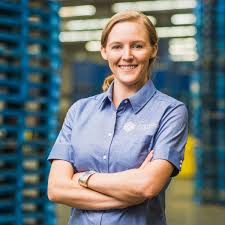 Megan Smith: A Pioneer in the Logistics Industry – Aspioneer
