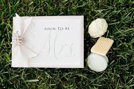 how to write a bridal shower card expert wedding advice
