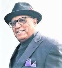 Kenneth Holmes - Obituary
