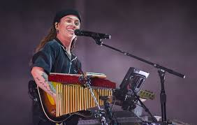 Tash Sultana joins One World: Together ...
