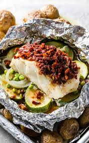 Cod Baked in Foil with Zucchini and Sun ...