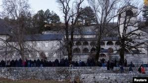 Image result for Vučić bi da pokriva dug SPC u Crnoj Gori, nedostupni podaci o porezu u Srbiji