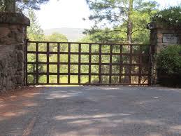 Arbor Fence Inc A Diamond Certified Company Driveway Gate Outdoor Gate Entrance Gates Design