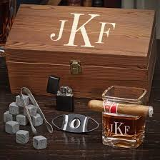 19 luxurious cigar gift sets