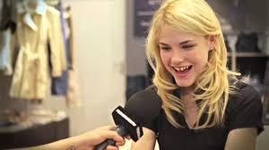 Model Ashley Smith im Interview - YouTube