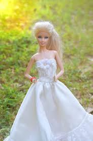 منفذ للبيع يصل تباع في جميع أنحاء العالم عروس دميه Dodge Newark Com