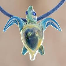 art glass sea turtle pendant necklace