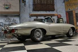 jaguar e type series 2 frame off