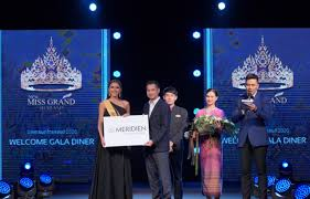 "Welcome Ceremony Gala Dinner ต้อนรับสาวงาม ""มิสแกรนด์ ไทยแลนด์ 2020  ""มิสแกรนด์เชียงราย"" ซิวรางวัล ""ขวัญใจ เลอ เมอริเดียนฯ"" | MCINE NEWS -  เอ็มซีน บันเทิง"