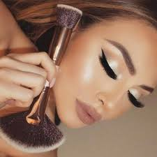 20 best makeup tools brushes to take