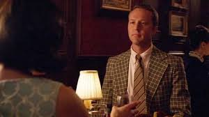 Mad Men' Q&A: Devon Gummersall on Playing the New Man in Peggy's ...