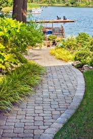 diy backyard projects with pavers and