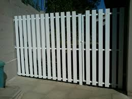 Quality Wooden Fences Wire Mesh Steel Palisades Gates