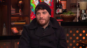 Watch Adam Pally On A 'Happy Endings' Reunion! | Watch What ...
