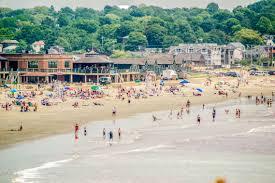 beaches in newport jamestown