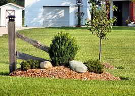 Pin By Dan Chomuk On Camping Driveway Entrance Landscaping Farmhouse Landscaping Rustic Landscaping