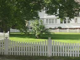 Diy Fencing The Best Wood For Picket Fencing Fence Supply Online