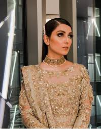 top 10 bridal looks of ayeza khan
