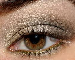 smoky eyes tarnished gold with urban