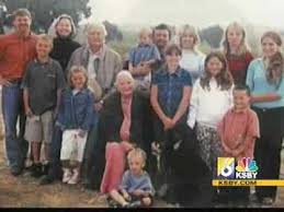Local businessman and actor Fess Parker dies at 85 - YouTube