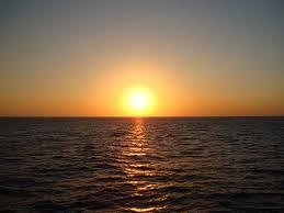 صور غروب الشمس خلفيات غروب الشمس غروب الشمس على البحر صوره غروب