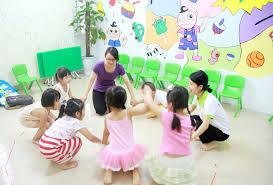 Học tiếng Anh từ nhỏ có thực sự khiến trẻ trở nên thông minh hơn hay không  không? Trí não trẻ hoạt động như thế nào khi được học song song…