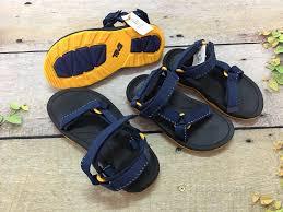 Sandal TEVA size 28, 29/30 cho bé trai Giá... - Messi Shop - Giày Dép Xuất  Khẩu Xịn