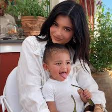 kylie jenner says stormi begs to wear