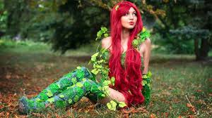 diy poison ivy costume in 5 easy steps