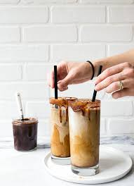 y iced mochas dessert for two