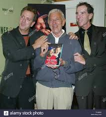 """Jack Klugman poses for pictures with his sons Adam (left) and David (right)  before signing copies of his new book """"Tony and Me: A Story of Friendship""""  at Barnes & Noble in"""